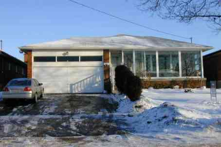 20 Dundee Dr photo #1