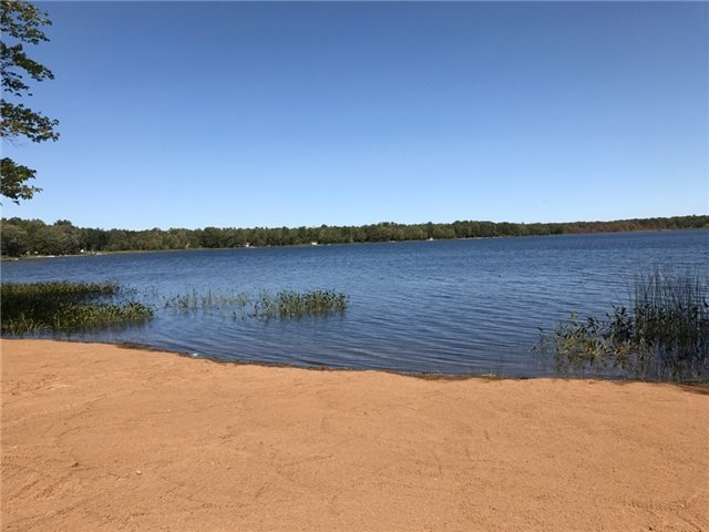 8 Spring Lane, Kawartha Lakes