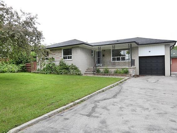 52 Frost St   Rexdale-Kipling   Toronto   M9W1Y8   MLS W3830064