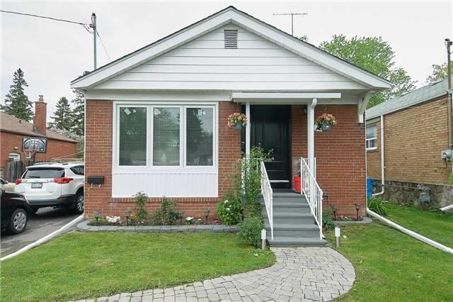 1097 Warden Ave   Wexford-Maryvale   Toronto   M1R2P5   MLS E3819089