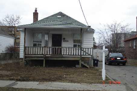 1054 Glencairn Ave photo #1