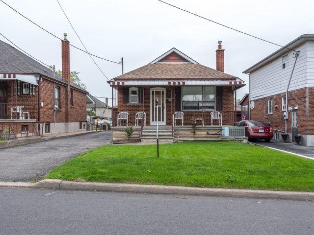 565 Glen Park Ave | Yorkdale-Glen Park | Toronto | M6B2G4 | MLS W3808161