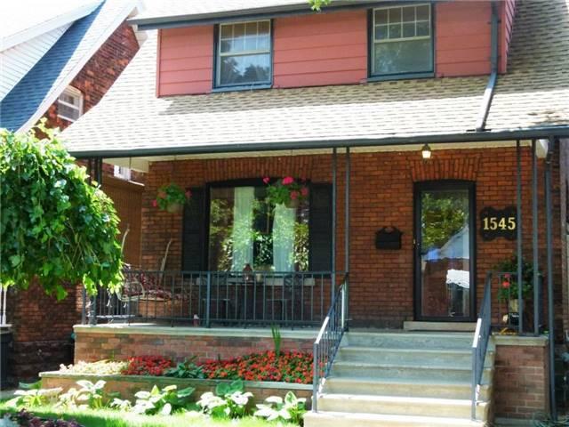 1545 Hall Ave, Windsor