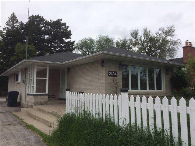 2434 Islington Ave | Elms-Old Rexdale | Toronto | M9W3X7 | MLS W3829177