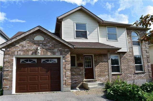 122 Kortright Dr W, Guelph