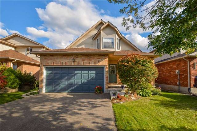 217 Country Club Dr, Guelph