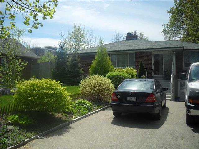 2576 Rugby Rd, Mississauga