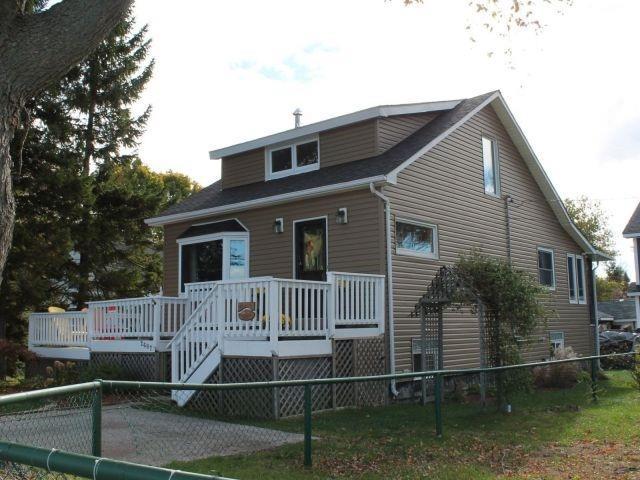 2687 Old Lakeshore Rd, Sarnia