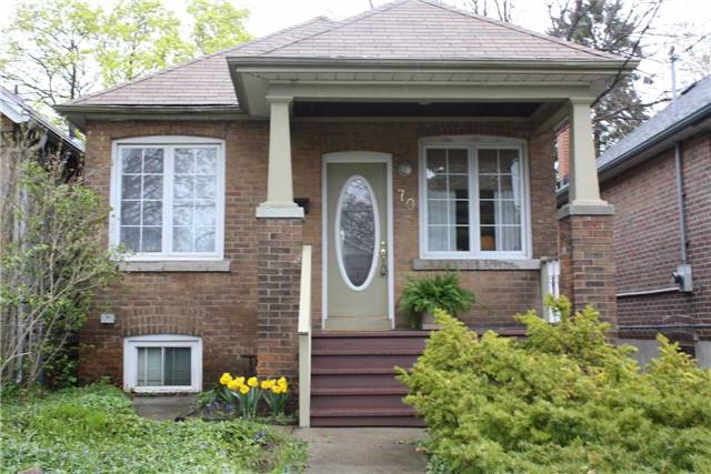 70 Gatwick Ave | Woodbine-Lumsden | Toronto | M4C1W5 | MLS E3785199