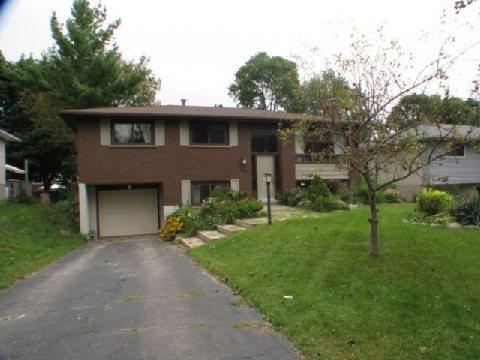 564 Sprucehill Ave