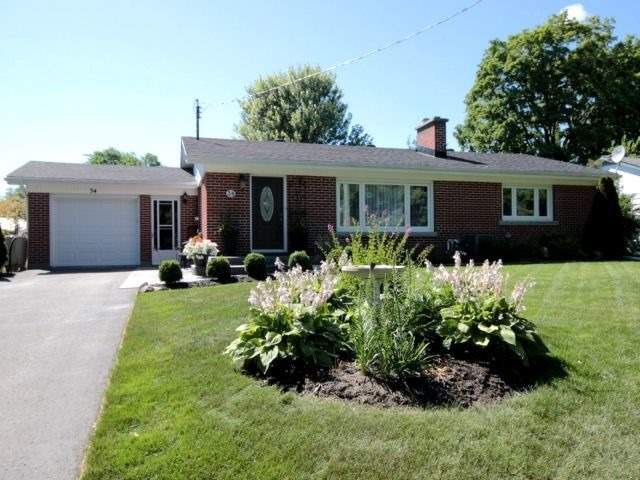 34 Downsview Dr