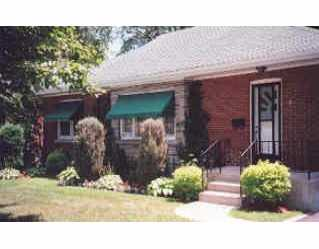 8 Orchard Dr