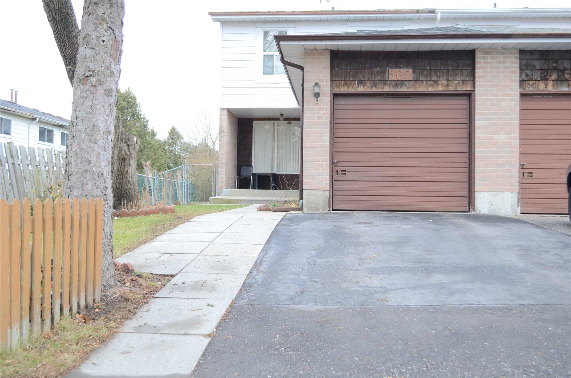 160 Horseley Hill Dr
