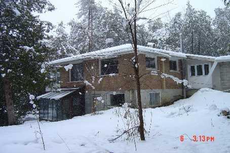537 Huronia Rd