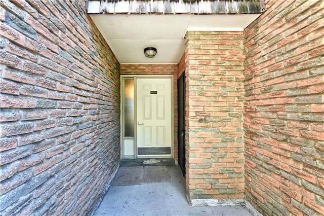 2605 Woodchester Dr | Sheridan | Mississauga | L5K2E3 | MLS W3834384