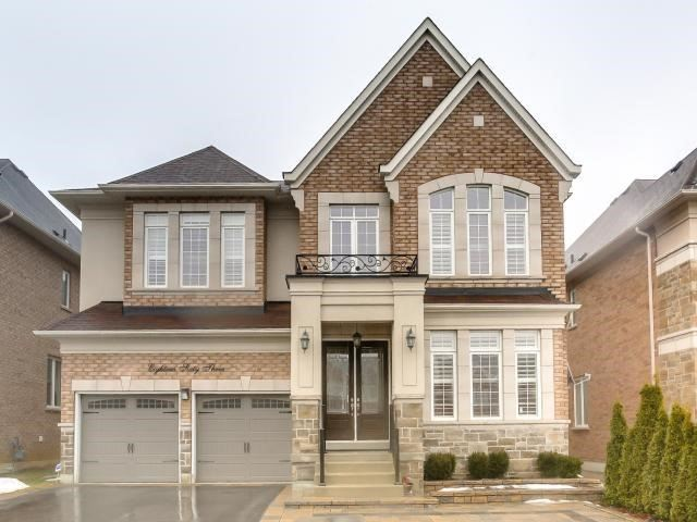 1863 Woodview Ave, Pickering