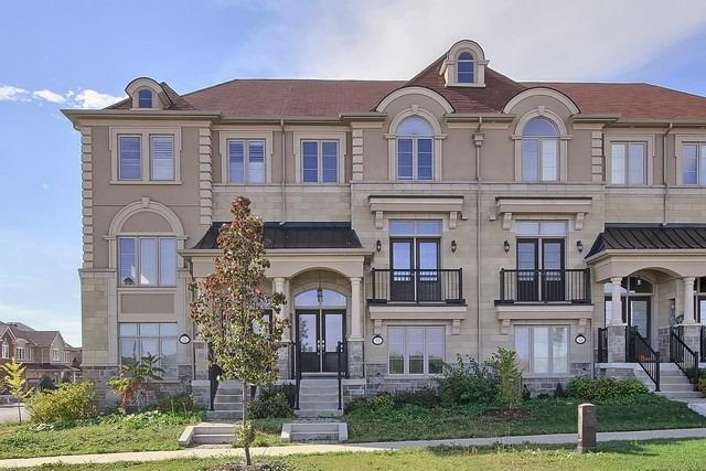 72 Grand Trunk Ave, Vaughan