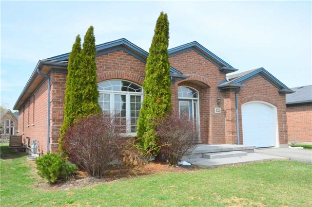 125 Muirfield Tr, Welland