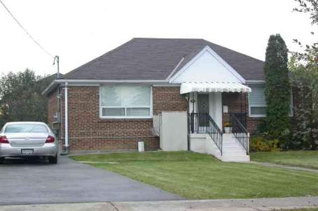 11 Enid Cres photo #1