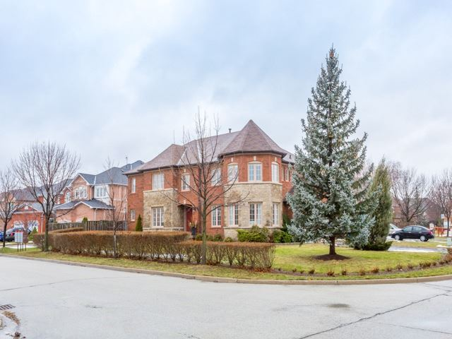 6908 Gracefield Dr, Mississauga