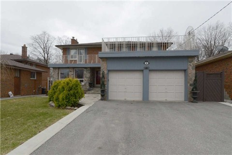 8 Fulwell Cres photo #1