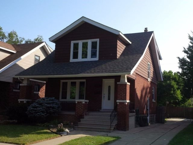 2278 Lincoln Rd, Windsor