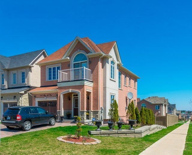 128 Big Hill Cres, Vaughan
