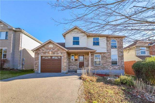 122 Kortright Rd W, Guelph