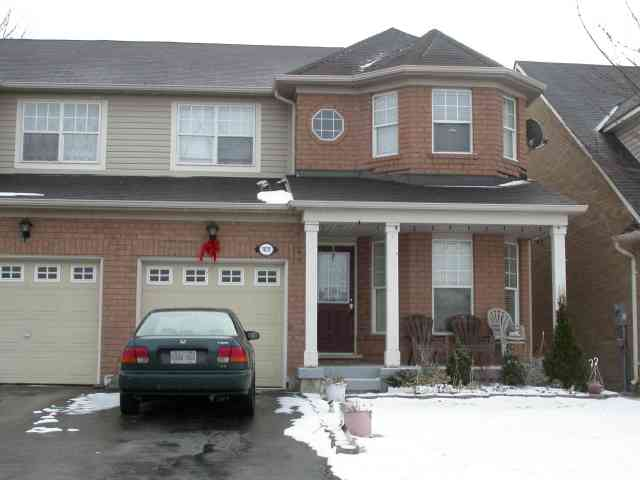1031 Wallbrook Cres photo #1