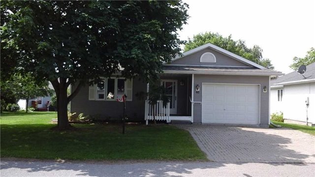 48 Heritage Dr, Prince Edward County
