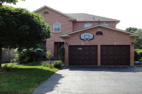 350 Chambers Cres