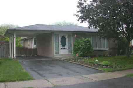 76 Gregory Rd photo #1