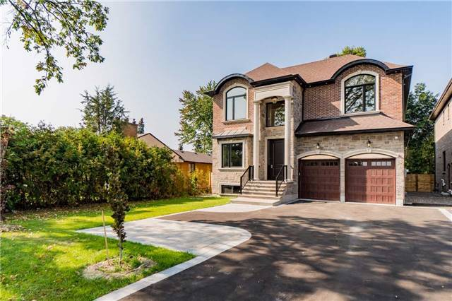 8336 Pine Valley Dr, Vaughan