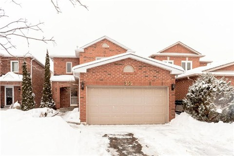 356 Pickering Cres