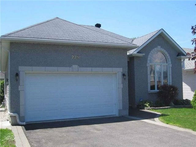 229 Sandra Cres, Clarence-Rockland