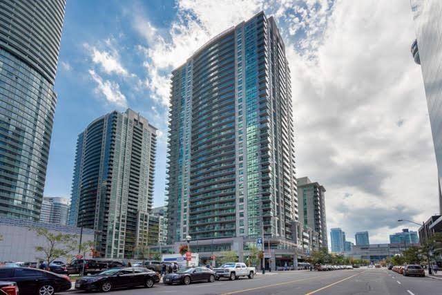 30 Grand Trunk Cres   Waterfront Communities C1   Toronto   M5J3A4   MLS C4037826