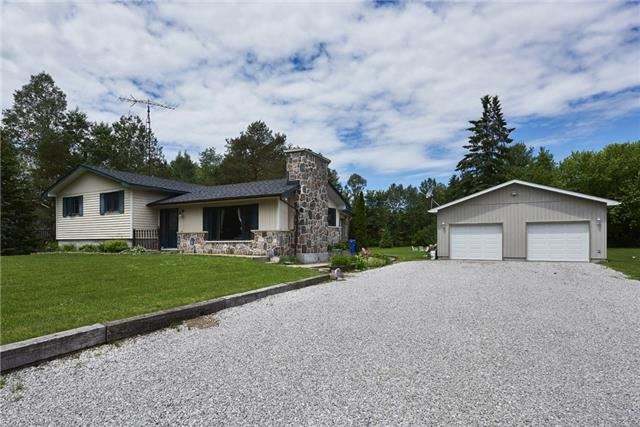 12 Hillview Cres