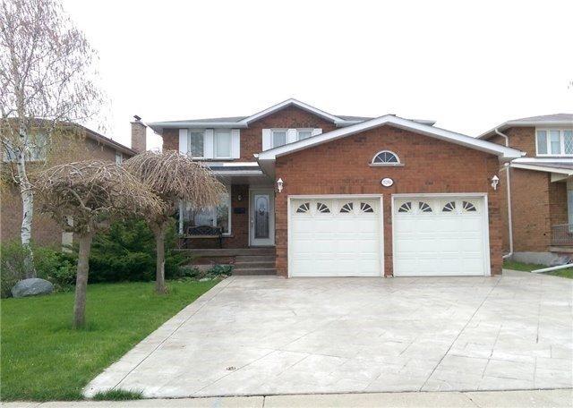 8286 Martin Grove Rd, Vaughan