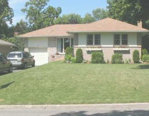 26 Downsview Dr