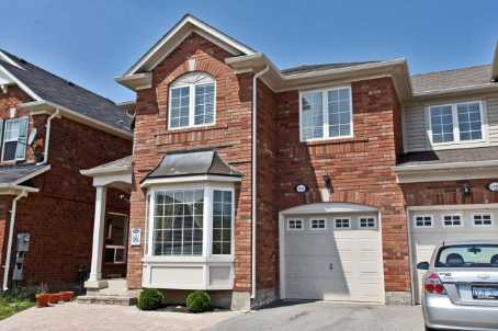 1117 Barr Cres