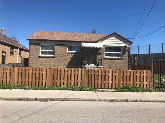66 Craydon Ave   Mount Dennis   Toronto   M6M2C7   MLS W3827984