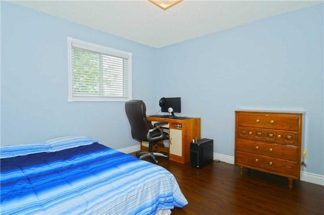 18 Calvert Dr | Georgetown | Halton Hills | L7G5E7 | MLS W4204864