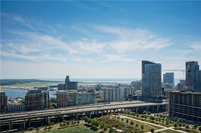 10 Capreol Crt | Waterfront Communities C1 | Toronto | M5V4B3 | MLS C3818976