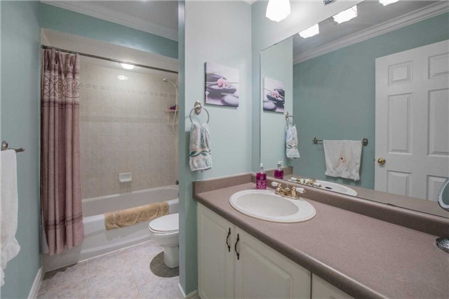 2399 Valley Heights Cres   River Oaks   Oakville   L6H6X1   MLS W3835660