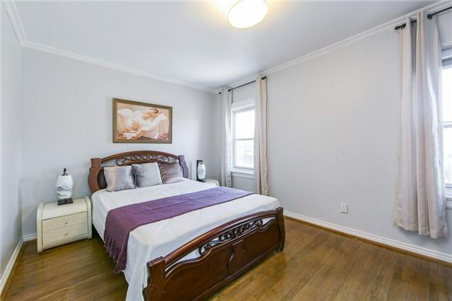 87 Pritchard Ave | Rockcliffe-Smythe | Toronto | M6N1T9 | MLS W3995695