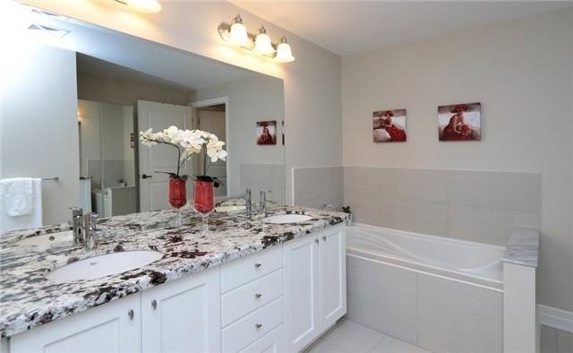 2300 Upper Middle Rd W | Glen Abbey | Oakville | L6M0T4 | MLS W4036625