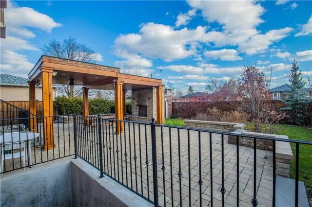 798 Burnhamthorpe Rd E | Applewood | Mississauga | L4Y2X3 | MLS W4226481