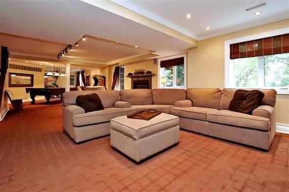 602 Foxcroft Blvd   Stonehaven-Wyndham   Newmarket   L3X1N4   MLS N3828979