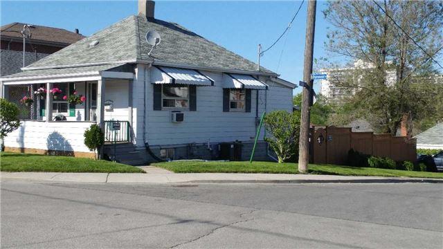 75 Dynevor Rd | Caledonia-Fairbank | Toronto | M6E3X3 | MLS W3828367