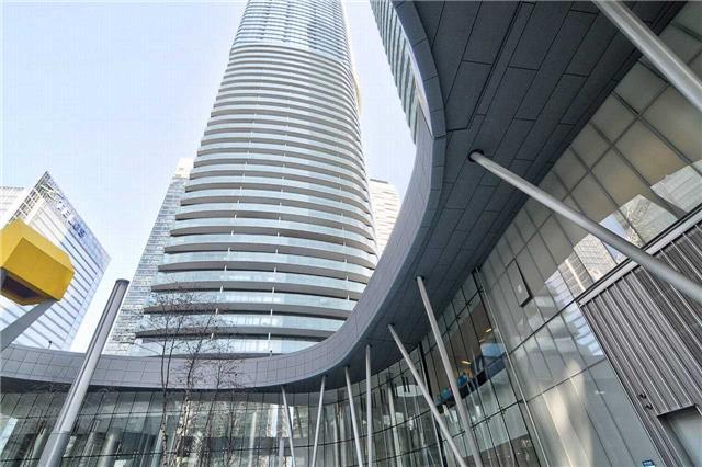 14 York St | Waterfront Communities C1 | Toronto | M5J2Z2 | MLS C4036297